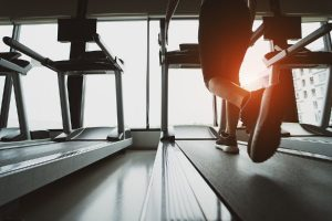 does cardio on an empty stomach burn more fat