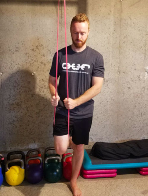 band assisted pull-up from knee setup
