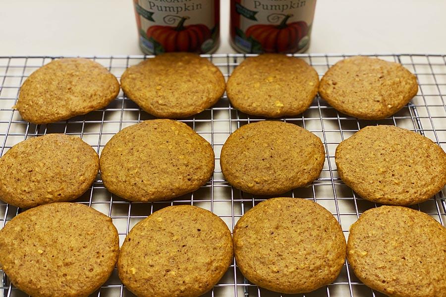 healthy-pumpkin-spice-protein-cookies